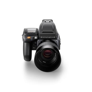Hasselblad-H6D-100c_front-shot_WH