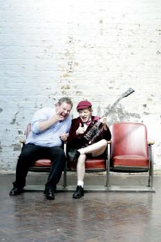 Guido Karp und Angus Young, Foto Michael Kölsch