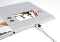 Bild 3_Fotobuch brillant Video - Micro-USB