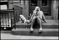 Leica © Elliott Erwitt_MAGNUM Photos USA_New York City