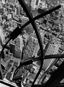 05_CityArabesque.jpg Berenice Abbott, City Arabesque, 1938 © Berenice Abbott/ Commerce Graphics, courtesy Howard Greenberg Gallery, NY.