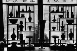 Leica © Marc Riboud_Antique shop in Beijing, China, 1957