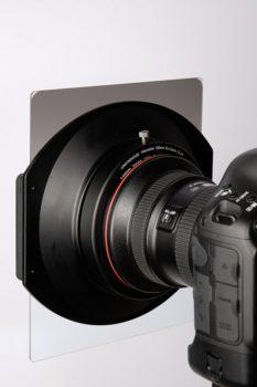 lensinghouse-pro-filter-montiert-auf-canon-ef-11-24