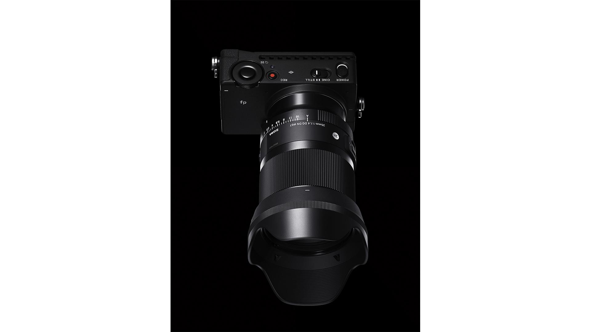 35mm F1.4 DG DN